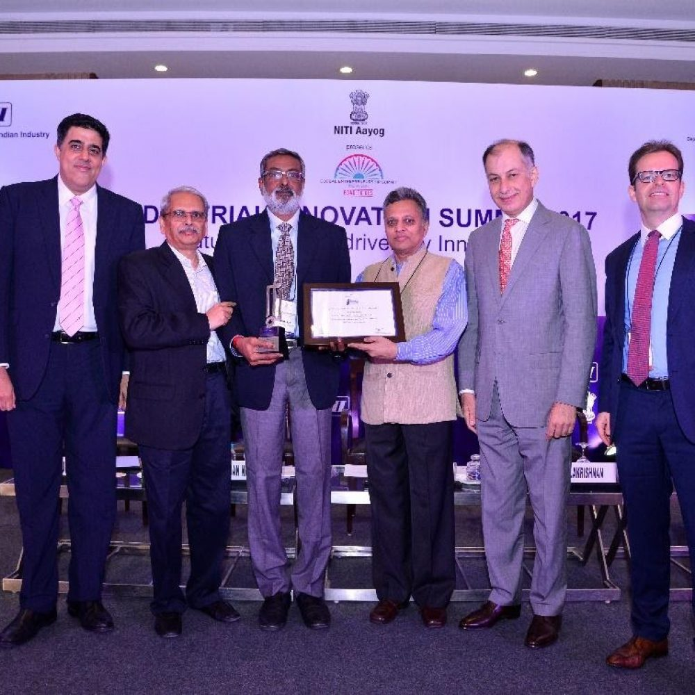 Best Green Product Manufacturing Award at Clean & Green Awards-2016, New Delhi 3