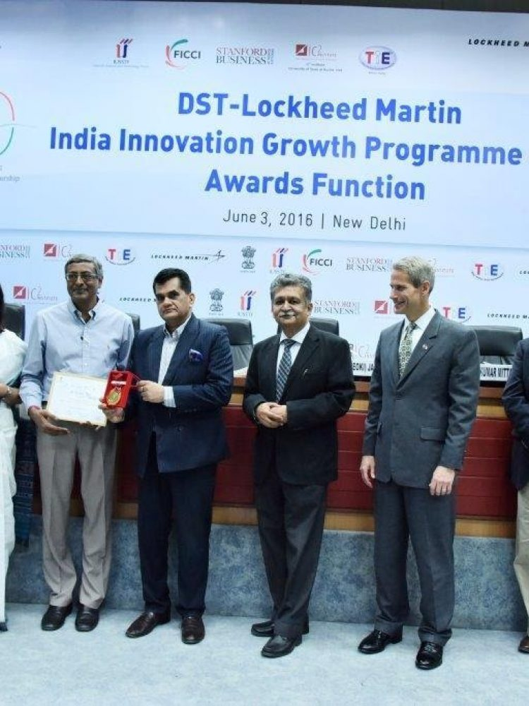 Receiving Gold Medal from Sree Amitabh Kanth, CEO-NITI Ayog for 2nd Prize at DST-Lockheed Martin IIGP-2016